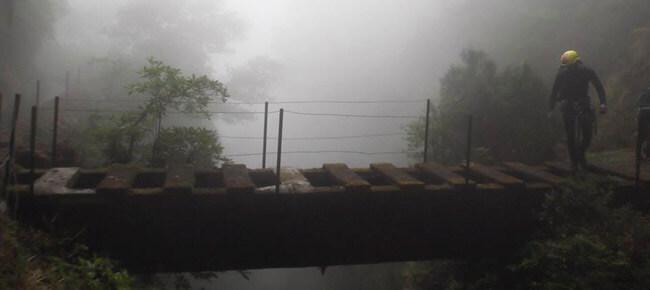 Ponte na ribeira Água do Vento